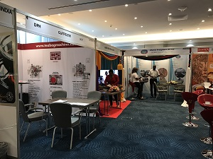 Messestand Kenya m. Umfeld website